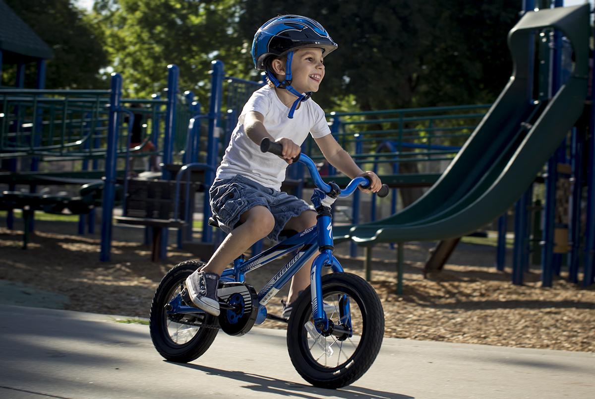 BARNCYCKLAR By Bike